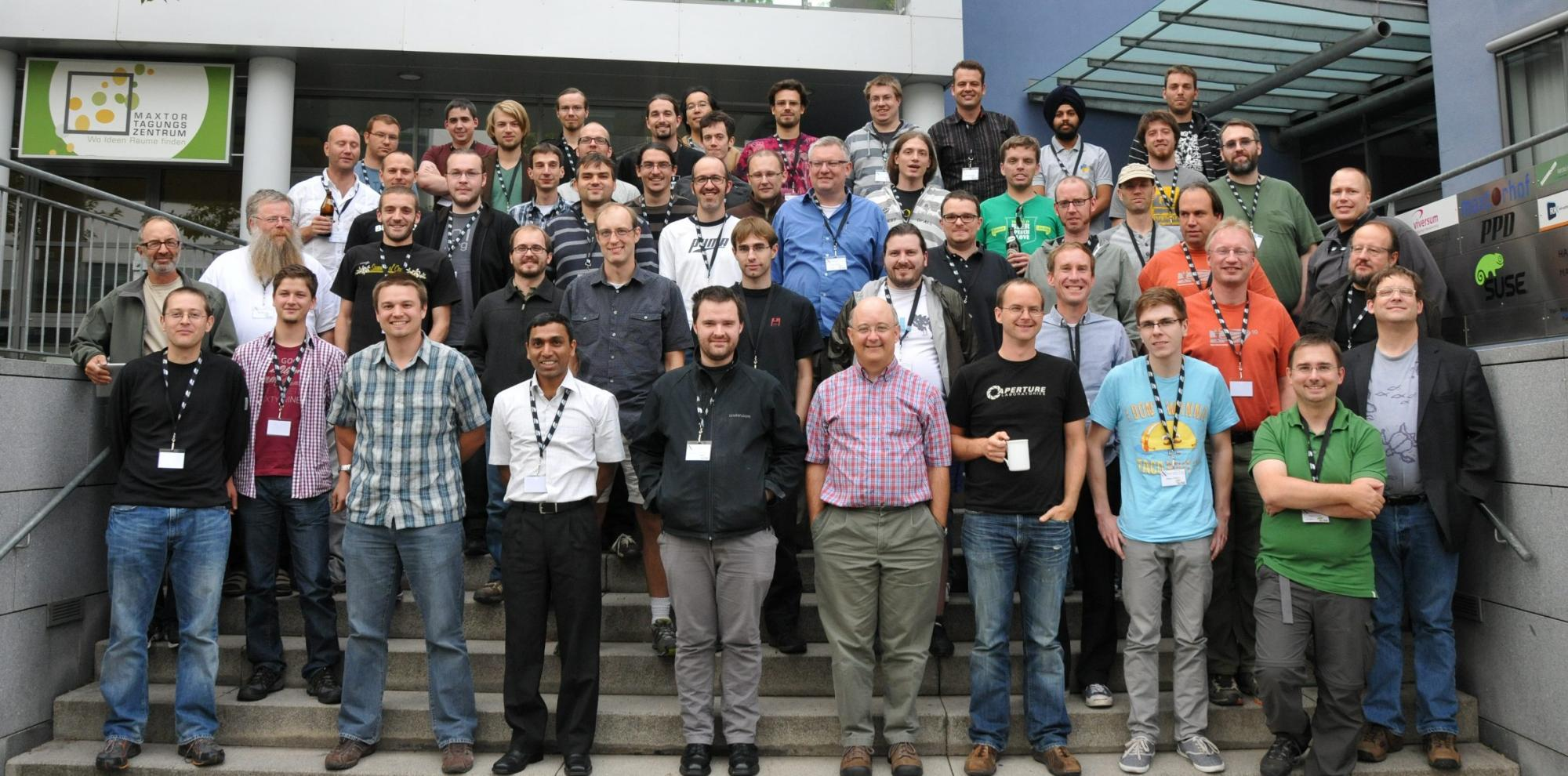 The big group picture from the XDC2012, in front of Suse